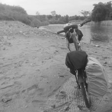 Pinggir Sungai (kalo ga salah) Jatiwangi