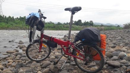 Pinggir Sungai (kalo ga salah) Jatiwangi (2)