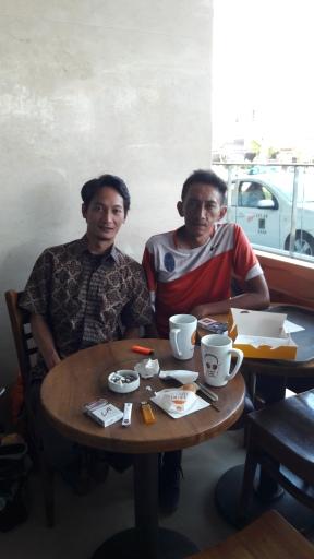 Dengan mas Syukron